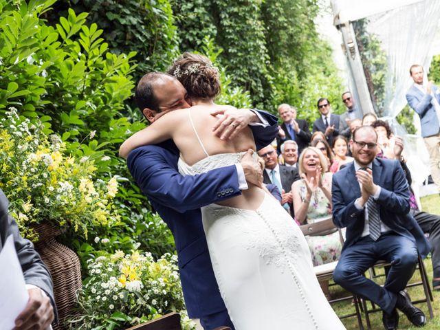 La boda de Adrés y Shara en Oviedo, Asturias 8
