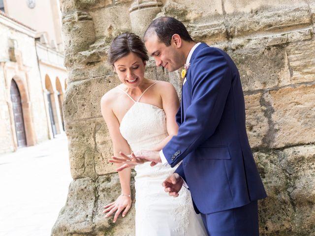La boda de Adrés y Shara en Oviedo, Asturias 13