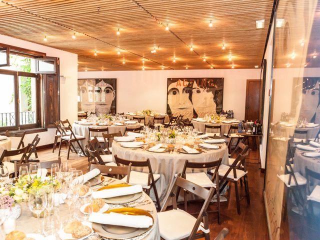 La boda de Adrés y Shara en Oviedo, Asturias 24