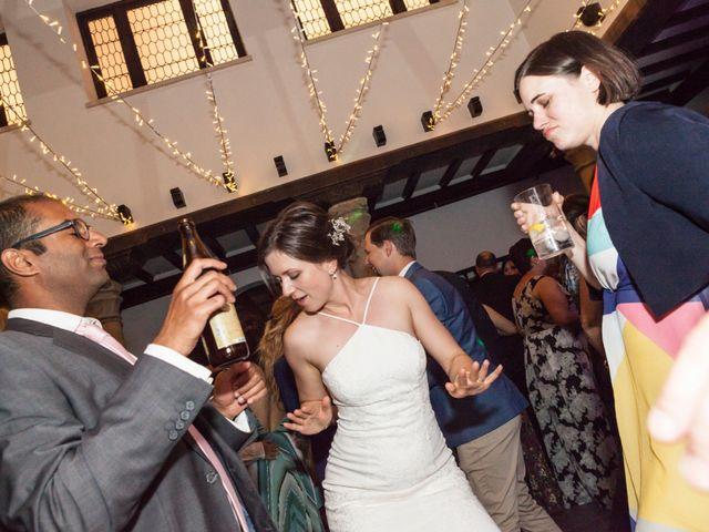 La boda de Adrés y Shara en Oviedo, Asturias 26