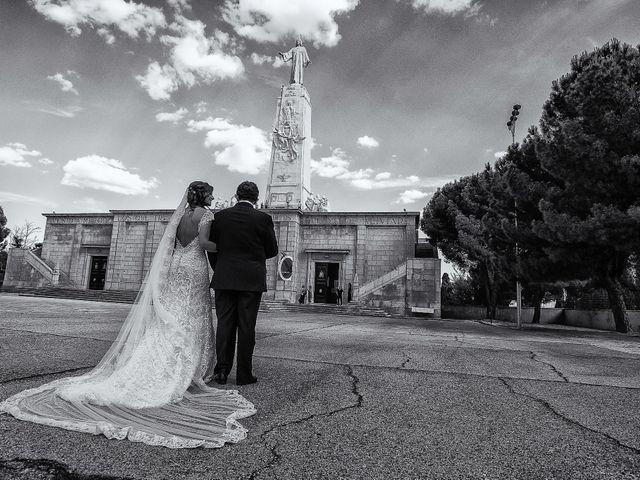 La boda de Dani y Bea en Chinchon, Madrid 6