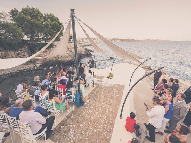 La boda de Sandro y Lara en Illetas, Islas Baleares 36