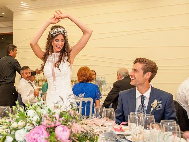 La boda de Adrián y Blanca en Castelló/castellón De La Plana, Castellón 16