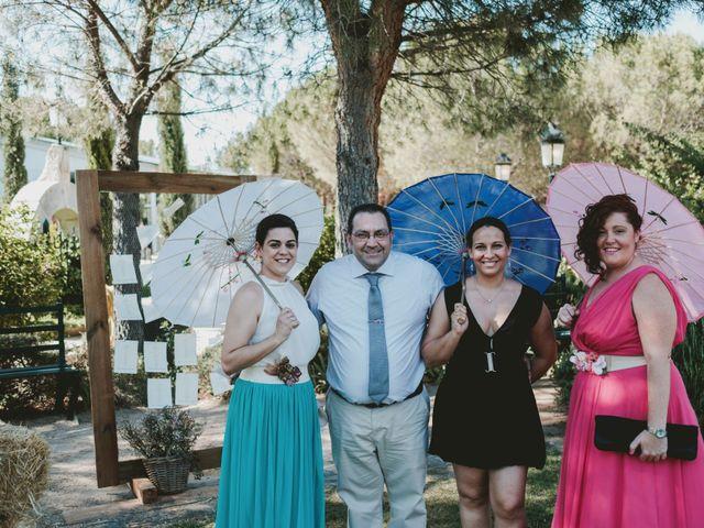 La boda de Vicente y Caridad en Valdetorres De Jarama, Madrid 25