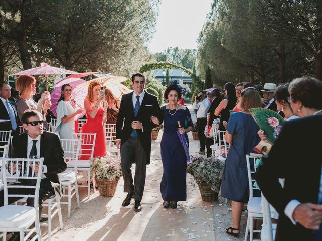 La boda de Vicente y Caridad en Valdetorres De Jarama, Madrid 51