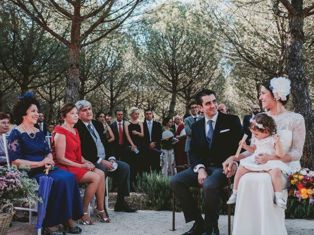 La boda de Vicente y Caridad en Valdetorres De Jarama, Madrid 61
