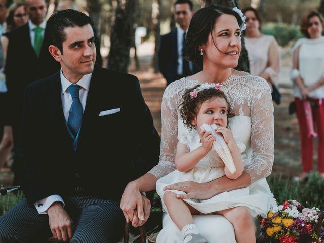 La boda de Vicente y Caridad en Valdetorres De Jarama, Madrid 63
