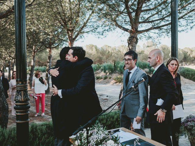 La boda de Vicente y Caridad en Valdetorres De Jarama, Madrid 74
