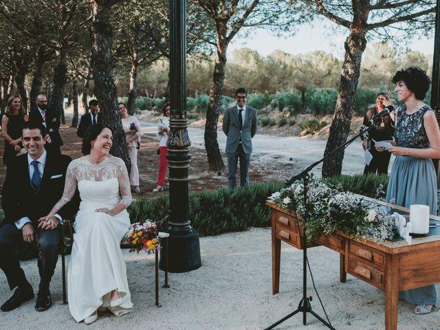 La boda de Vicente y Caridad en Valdetorres De Jarama, Madrid 83