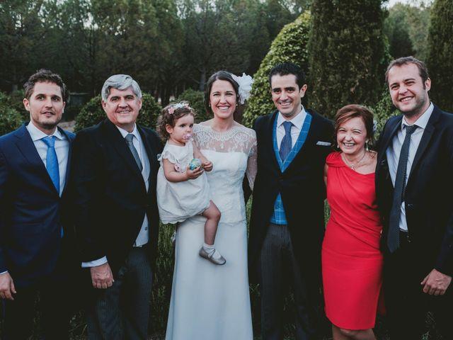 La boda de Vicente y Caridad en Valdetorres De Jarama, Madrid 136