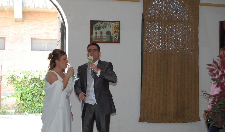La boda de José y Cristina en Sevilla, Sevilla