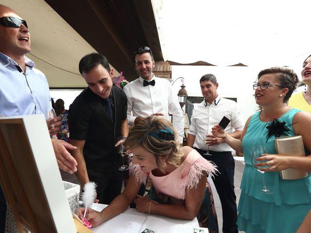 La boda de David y María en Villamediana De Iregua, La Rioja 14