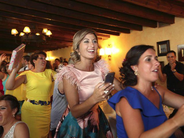 La boda de David y María en Villamediana De Iregua, La Rioja 17