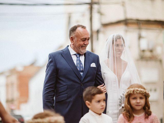 La boda de Antonio y Cristina en Villaverde Del Rio, Sevilla 39