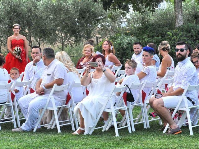 La boda de Carol y Nuria en Llagostera, Girona 23