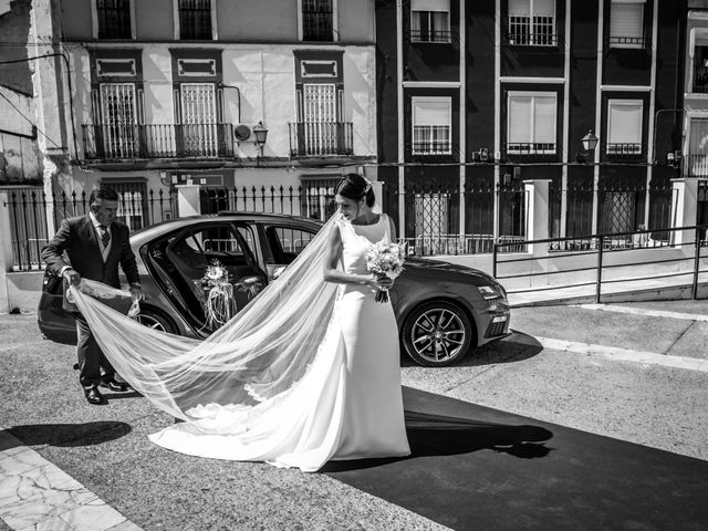 La boda de Ángel y Júlia en Badajoz, Badajoz 43