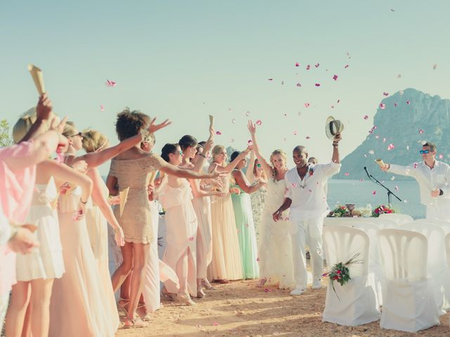 La boda de Ousmane y Jessica en Eivissa, Islas Baleares 1
