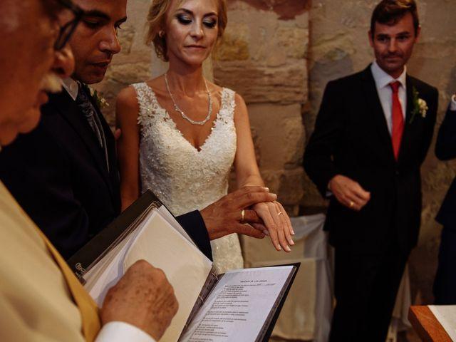 La boda de Antonio y Cristina en Igualada, Barcelona 23