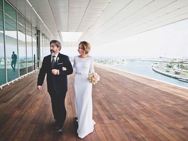 La boda de Juan y Belén en Valencia, Valencia 31
