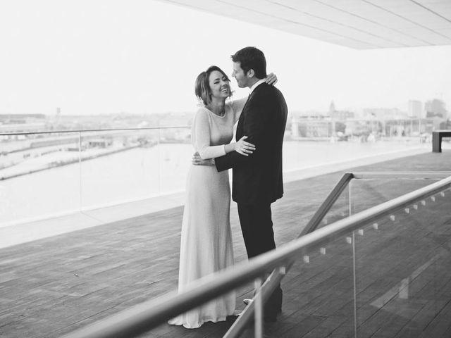 La boda de Juan y Belén en Valencia, Valencia 39