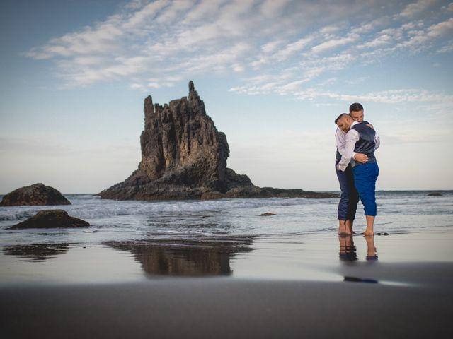 La boda de Julio y Kilian en Candelaria, Santa Cruz de Tenerife 53