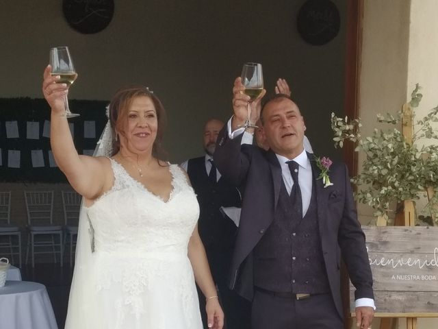 La boda de Chiqui y Emilio  en Villalgordo Del Jucar, Albacete 1