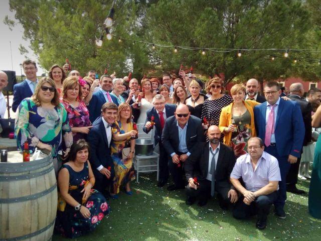 La boda de Chiqui y Emilio  en Villalgordo Del Jucar, Albacete 3