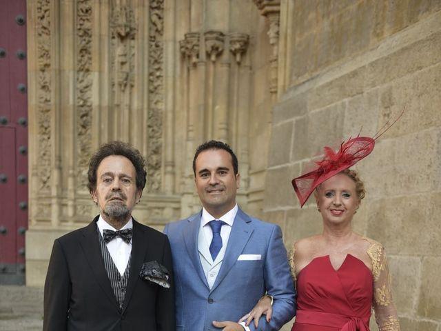 La boda de Carlos y Patricia en Villamayor, Salamanca 24