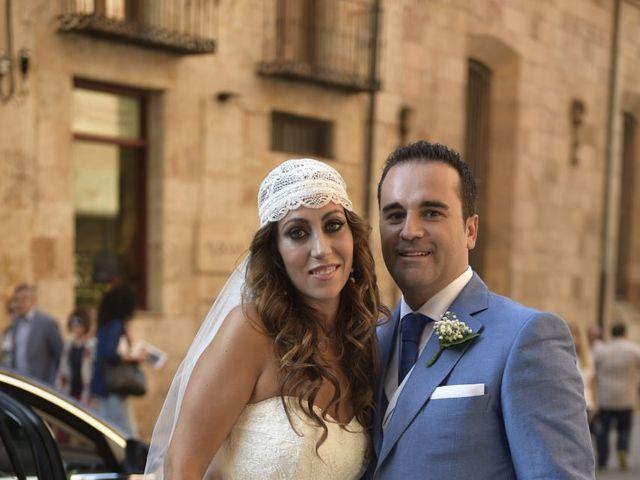 La boda de Carlos y Patricia en Villamayor, Salamanca 25