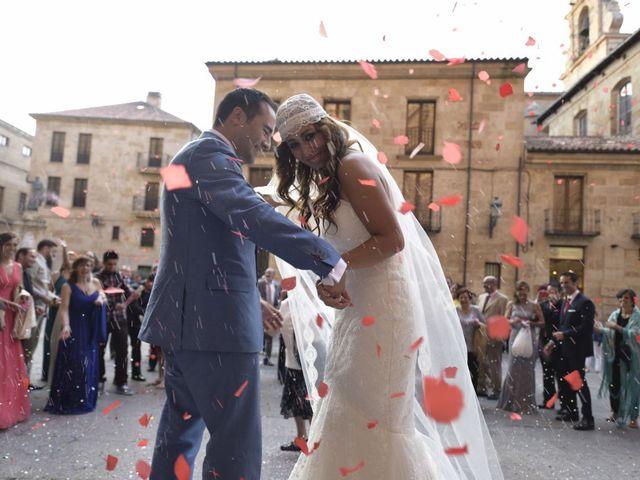 La boda de Carlos y Patricia en Villamayor, Salamanca 39