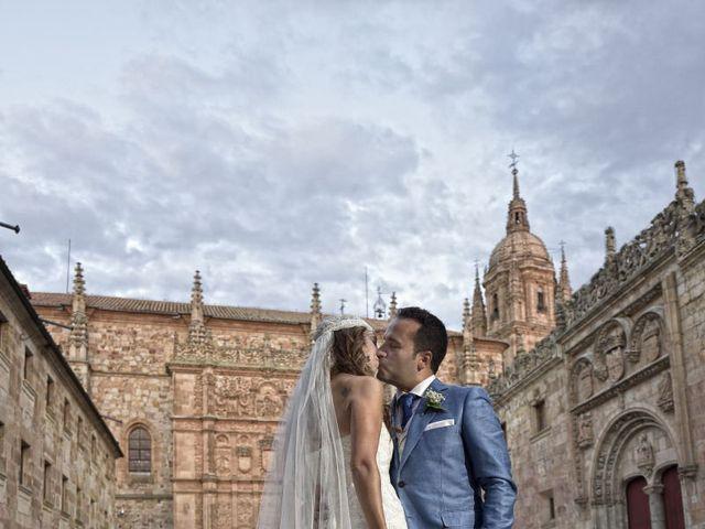 La boda de Carlos y Patricia en Villamayor, Salamanca 45