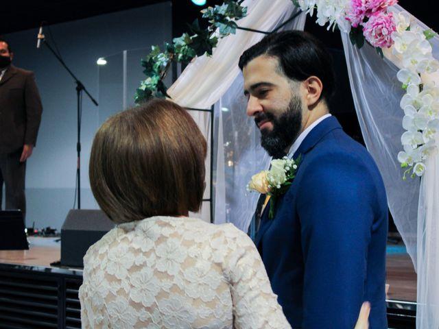La boda de Emanuel y Jelsy en Sant Boi De Llobregat, Barcelona 22