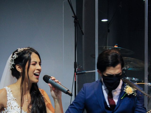 La boda de Emanuel y Jelsy en Sant Boi De Llobregat, Barcelona 34