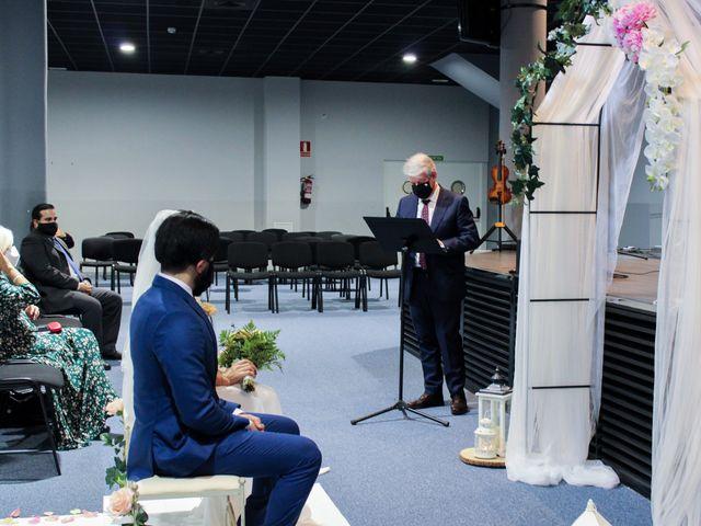 La boda de Emanuel y Jelsy en Sant Boi De Llobregat, Barcelona 40