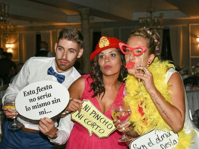 La boda de Daniel y Sabela en Noia, A Coruña 27