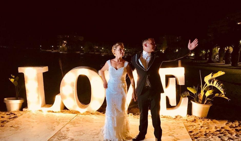 La boda de Oscar y Roxana en La Manga Del Mar Menor, Murcia