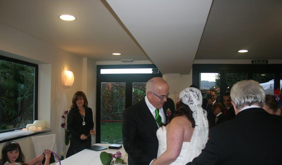 La boda de Ricardo y Patricia en Oviedo, Asturias