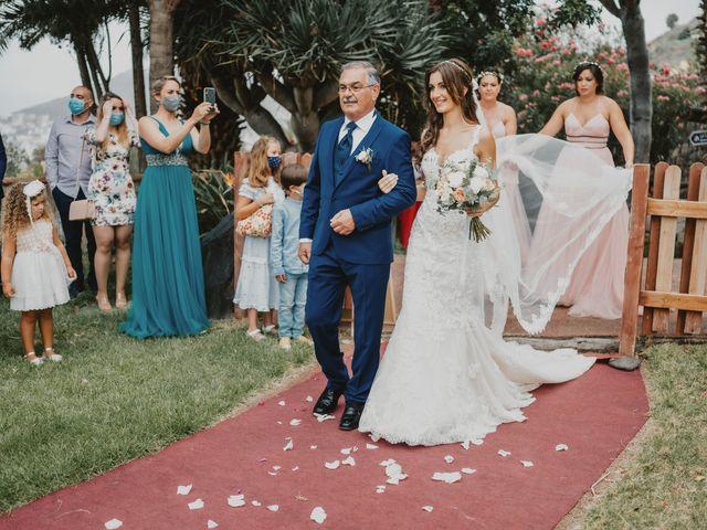 La boda de Néstor y Ana Laura en Galdar, Las Palmas 33
