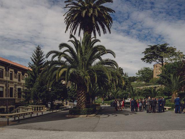 La boda de Jon y Raquel en Gordexola, Vizcaya 25