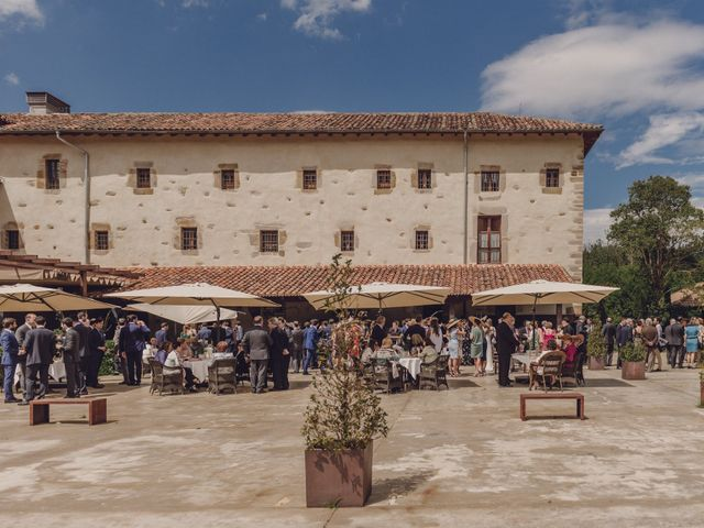 La boda de Jon y Raquel en Gordexola, Vizcaya 42