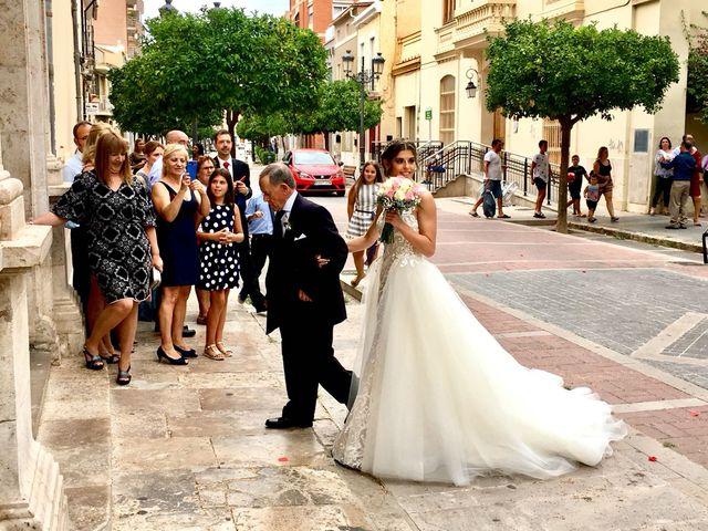 La boda de Henry  y Stella en Valencia, Valencia 8