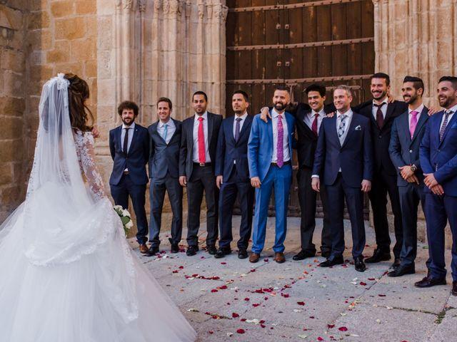 La boda de Pepe y Montse en Cáceres, Cáceres 22