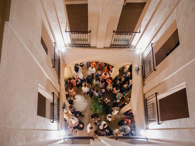 La boda de Pepe y Montse en Cáceres, Cáceres 33