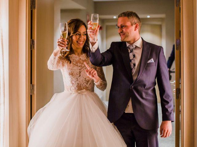 La boda de Pepe y Montse en Cáceres, Cáceres 35