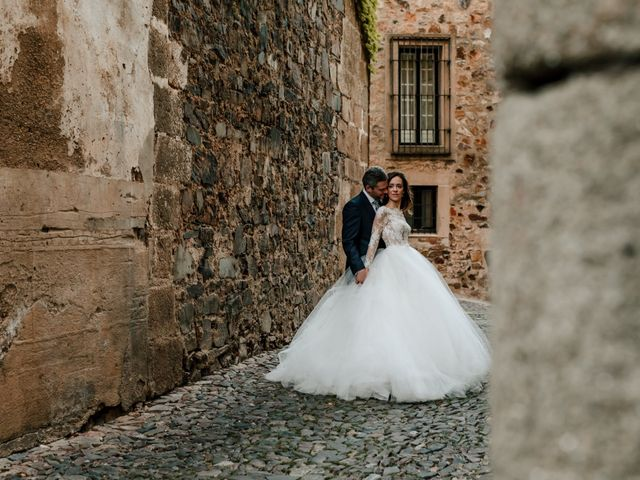 La boda de Pepe y Montse en Cáceres, Cáceres 60