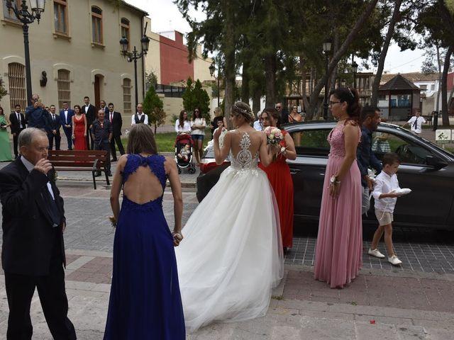 La boda de Henry  y Stella en Valencia, Valencia 13