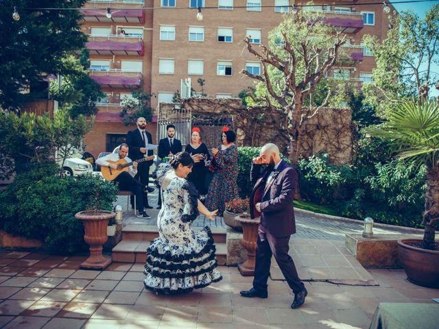La boda de Fran y Noelia en L' Hospitalet De Llobregat, Barcelona 75