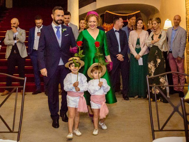 La boda de Miguel Angel y Lourdes en Zaragoza, Zaragoza 21