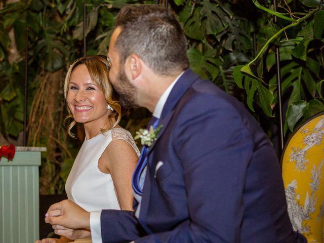 La boda de Miguel Angel y Lourdes en Zaragoza, Zaragoza 24
