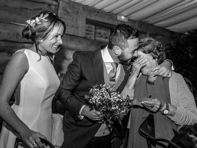 La boda de Miguel Angel y Lourdes en Zaragoza, Zaragoza 33